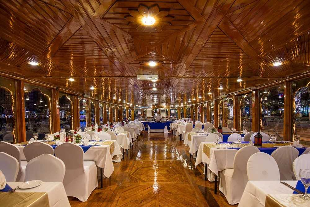 4 Star Dinner Cruise - Dubai Creek