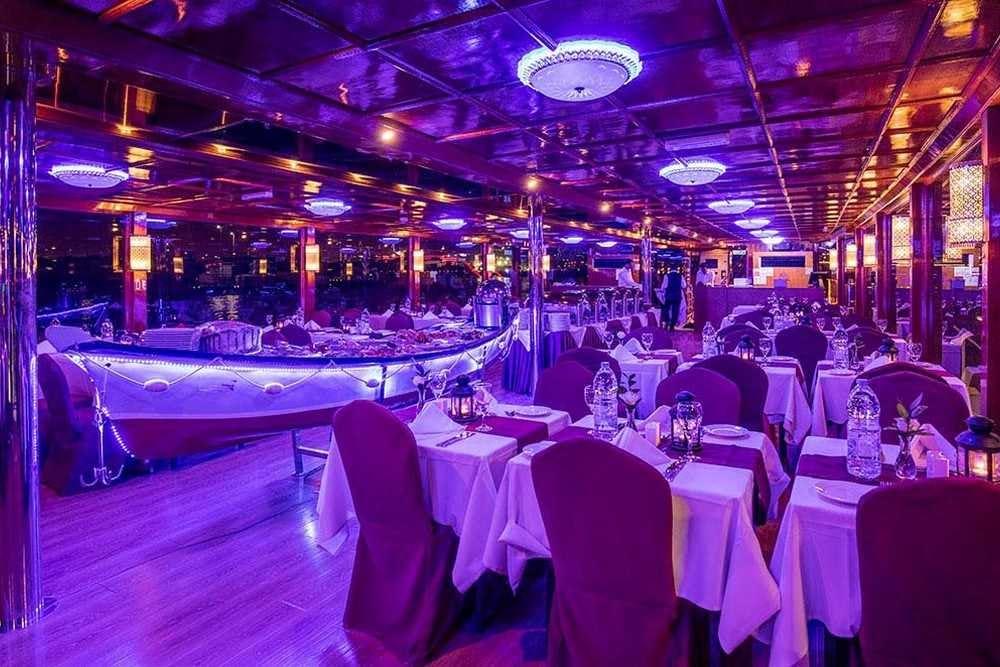 5 Star Dinner Cruise - Dubai Creek